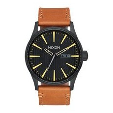 RELOJ NIXON SENTRY LEATHER BLACK/STAMPED