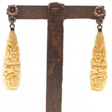 PENDIENTES BAROQUE LONG BONE