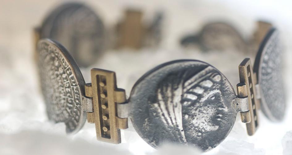 Monge-Pulsera-Monedas