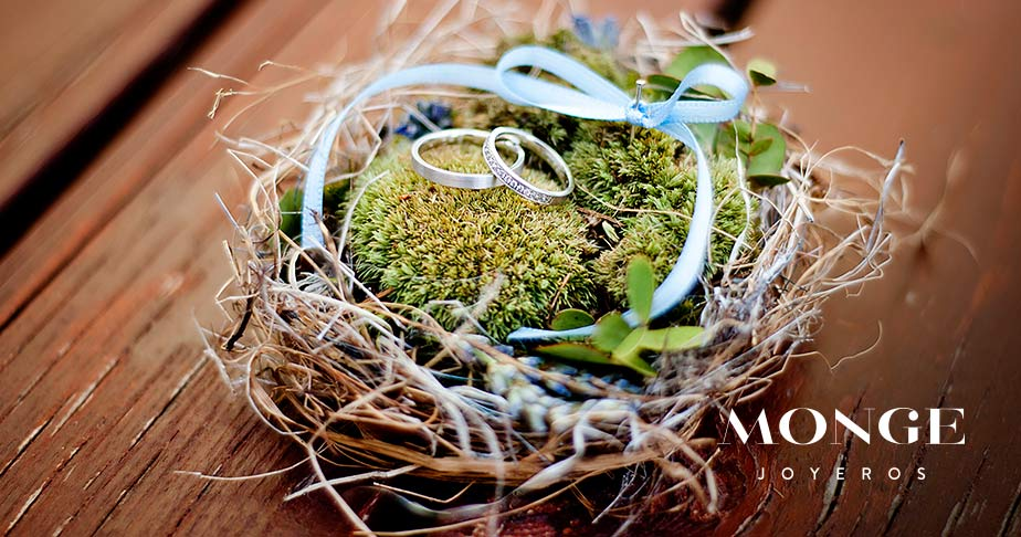 nido para llevar las alianzas de boda