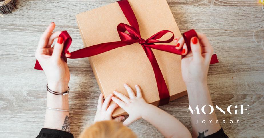 ideas de regalos de joyas para navidad