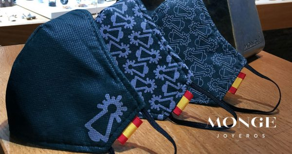 mascarillas azules de la virgen del pilar